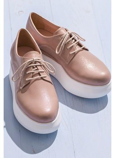 Elle Dolgu Tabanlı Ayakkabı Pudra